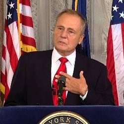 Senate Finance Committee Passes New York's Online Poker Bill